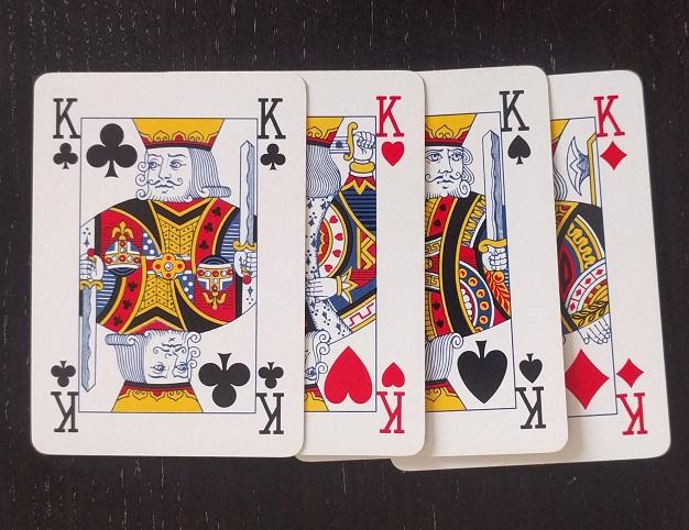 gioco per bambini con le carte