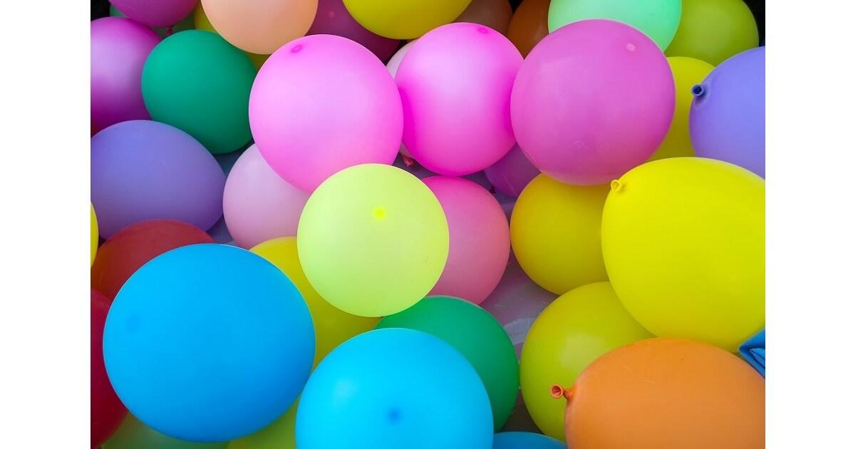 gioco con palloncini