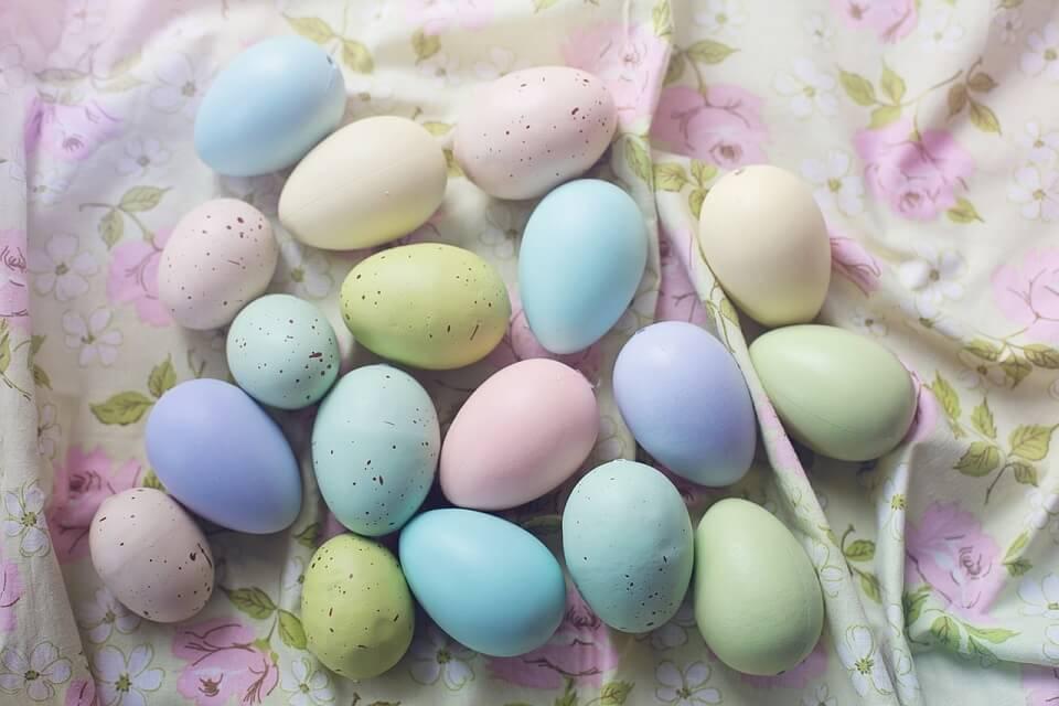 colorare uova di Pasqua